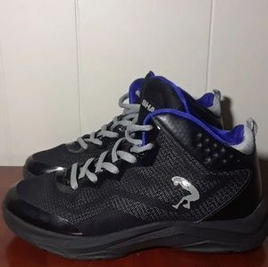 Other - SHAQ SHOES BOY  3.5 SZ  ALMOST NEW NICE